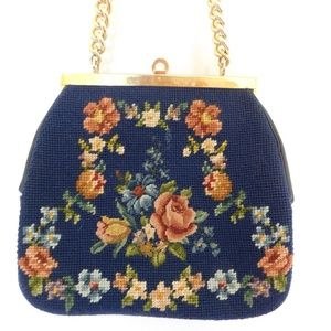 VINTAGE FLORAL TAPESTRY HEAVY CHAIN HANDLE PURSE